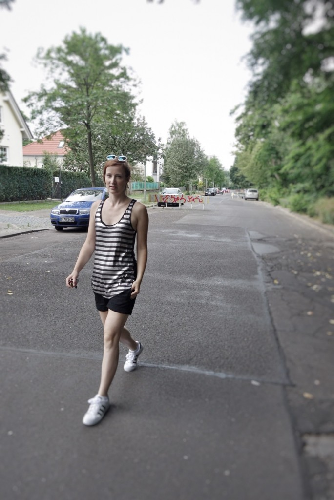 Outfit-EM 2016-Schwarz-Weiß (Credit: Fashion-Meets-Media.com)