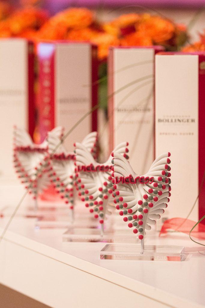 3d-award-skulptur-von-figurenwerk_-victress_boris-kownatzki